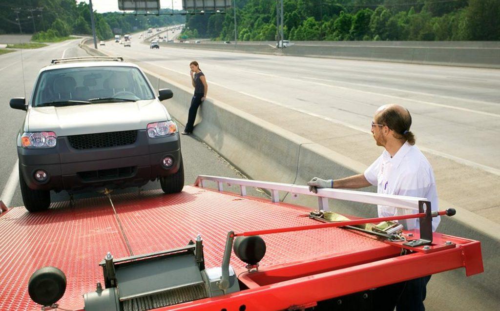 remolcar tu auto con grúa correctamente