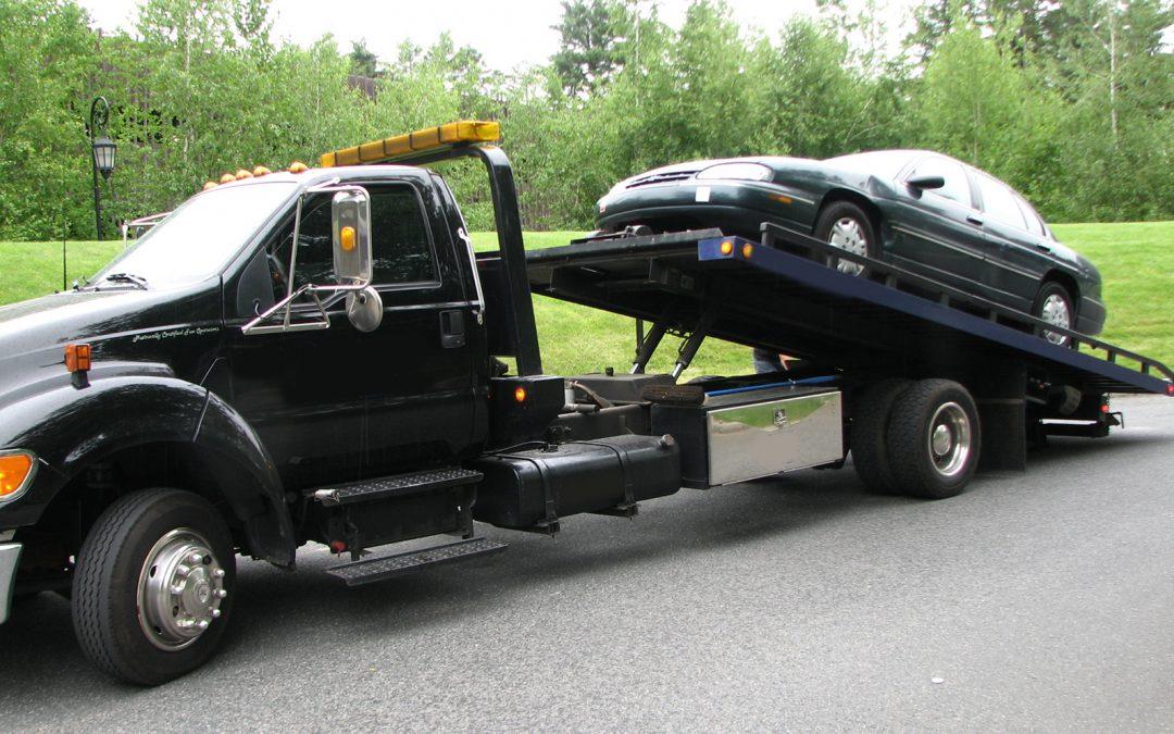 Conoce cómo remolcar un auto correctamente